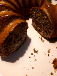 Kommt stylisch als Gugelhupf daher, darf aber auch in einer Kastenform gebacken werden.